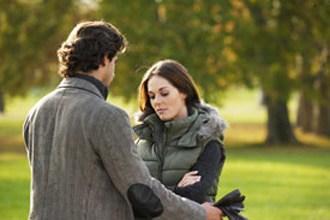 cling-boyfriend-wants-girlfriend-to-commit-330